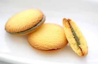 青汁クッキーサンド